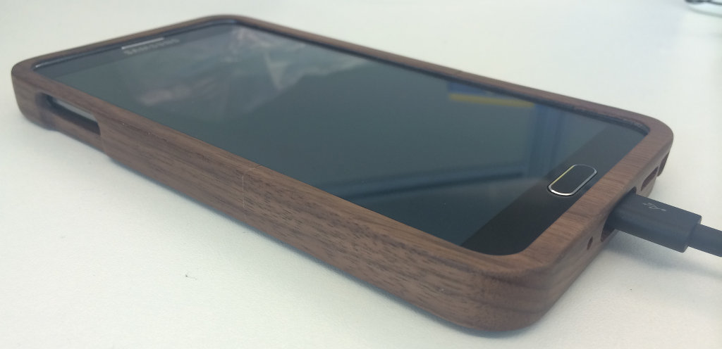 Bamboo Case Complete Detail