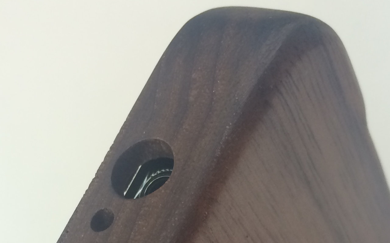 Bamboo Case Headphone Detail