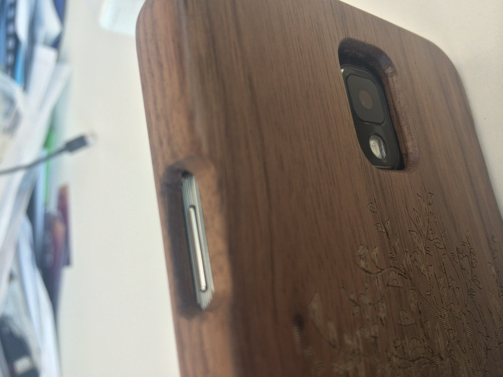 Bamboo Case Recess Power Detail