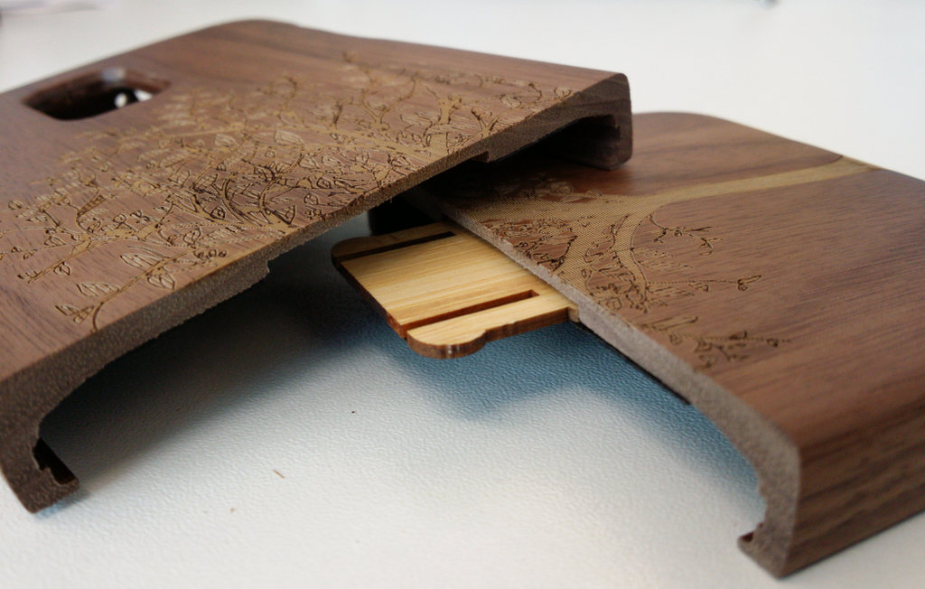 Bamboo Case Split Detail