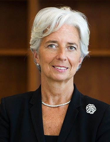Christine Lagard's official portrait. A silver haired woman.