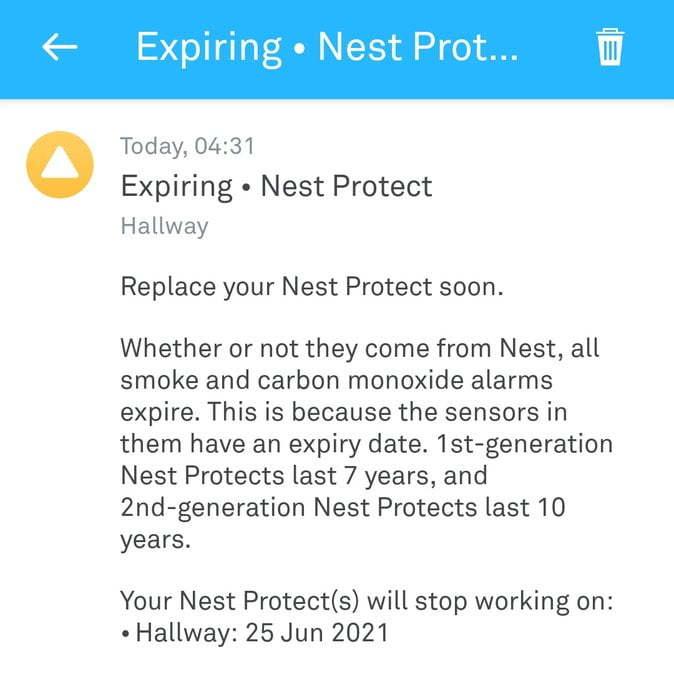 In app warning that my Nest smoke alarm needs replacing.
