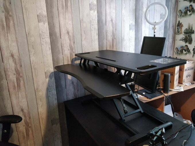 Fully assembled desk.